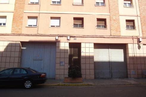 Piso en venta en La Carrasca, Monzón, Huesca, Paseo Arboleda, 40.099 €, 3 habitaciones, 1 baño, 81 m2