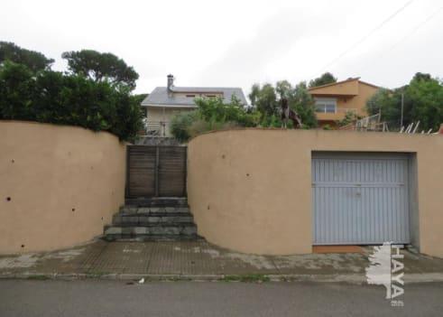 Casa en venta en Sant Cebrià de Vallalta, Barcelona, Calle Can Torrent, 175.500 €, 5 habitaciones, 2 baños, 135 m2