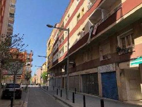 Piso en venta en Salt, Girona, Calle Pacheco, 75.414 €, 3 habitaciones, 1 baño, 85 m2