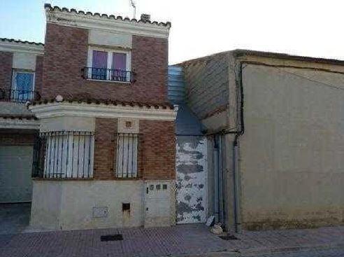 Casa en venta en Pedro Muñoz, Ciudad Real, Calle Valle Inclan, 69.300 €, 4 habitaciones, 3 baños, 143 m2