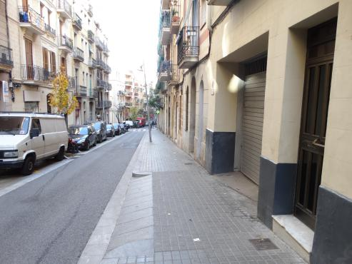 Local en venta en Sants-montjuïc, Barcelona, Barcelona, Calle Poetas Cabanyes, 163.990 €, 129 m2