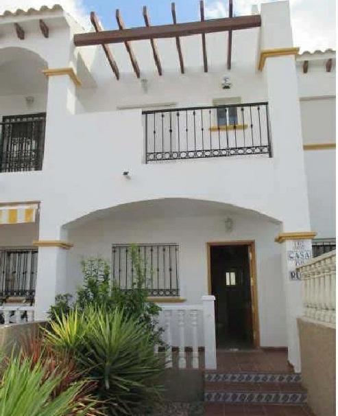 Casa en venta en Orihuela, Alicante, Calle Beduinos, 98.800 €, 2 habitaciones, 2 baños, 80 m2