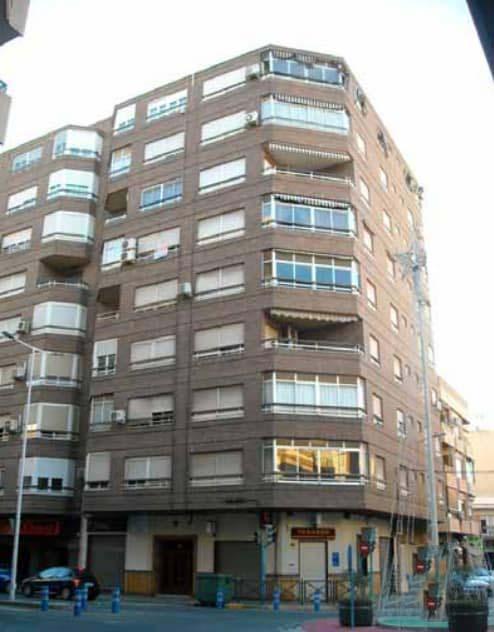 Piso en venta en Novelda, Novelda, Alicante, Calle de la Constitucion, 75.100 €, 3 habitaciones, 1 baño, 119 m2