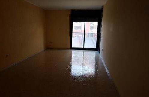 Piso en venta en Piso en Amposta, Tarragona, 98.600 €, 4 habitaciones, 2 baños, 130 m2