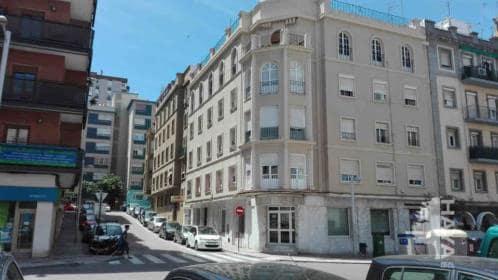 Piso en venta en Algeciras, Cádiz, Calle Agentes Comerciales, 73.600 €, 3 habitaciones, 1 baño, 101 m2
