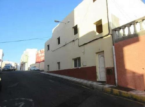 Casa en venta en La Banda, Agüimes, Las Palmas, Avenida Nuestra Señora del Carmen, 88.000 €, 5 habitaciones, 2 baños, 106 m2