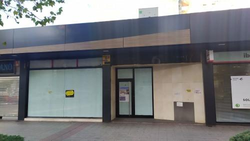 Local en venta en Fuenlabrada, Madrid, Calle Portugal, 307.000 €, 50 m2