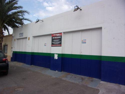 Local en alquiler en Almería, Almería, Carretera Nijar- la Cañada, 1.200 €, 200 m2