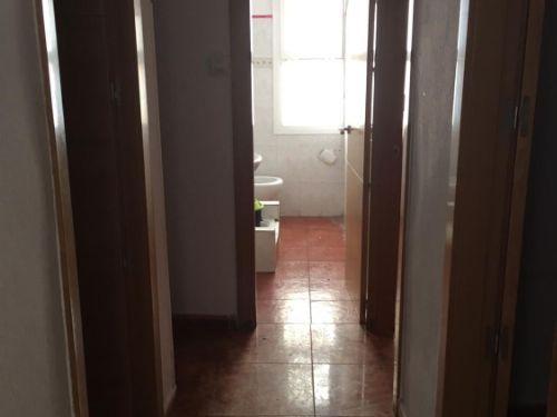 Piso en venta en 40005, Almería, Almería, Calle Trinquete, 32.000 €, 3 habitaciones, 1 baño, 59 m2