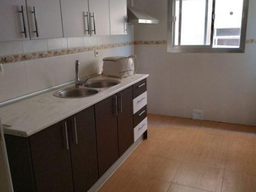 Piso en venta en 40002, Almería, Almería, Avenida Federico Garcia Lorca, 90.000 €, 3 habitaciones, 1 baño, 102 m2