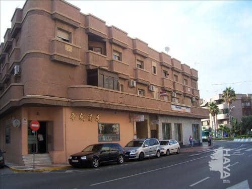 Piso en venta en Roquetas de Mar, Almería, Calle Rector Gustavo Villapalos, 86.000 €, 3 habitaciones, 1 baño, 115 m2