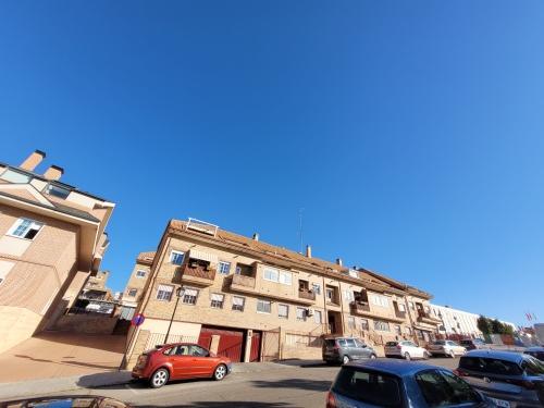 Piso en venta en Las Castañeras, Arroyomolinos, Madrid, Calle Andalucia, 235.000 €, 3 habitaciones, 2 baños, 121 m2