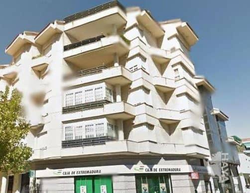Piso en venta en Navalmoral de la Mata, Cáceres, Avenida Constitucion, 211.000 €, 5 habitaciones, 5 baños, 259 m2