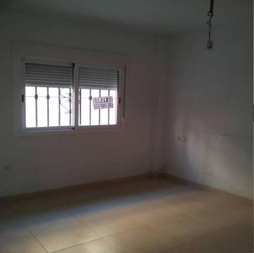 Piso en venta en El Ejido, Almería, Calle Menéndez Pelayo, 44.100 €, 1 baño, 57 m2