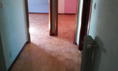 Piso en venta en Villabalter, San Andrés del Rabanedo, León, Calle Corpus Christi, 59.867 €, 3 habitaciones, 1 baño, 104 m2