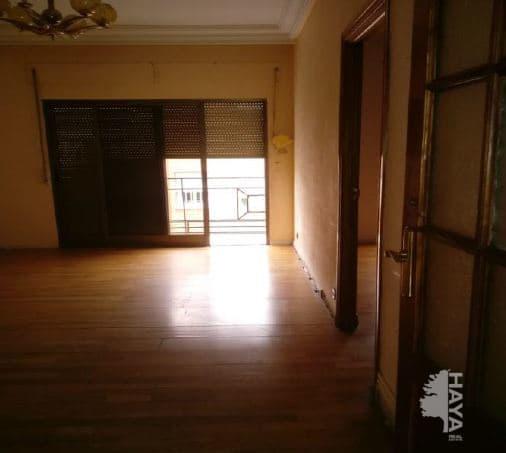 Piso en venta en Usera, Madrid, Madrid, Calle Glyceria, 109.812 €, 2 habitaciones, 1 baño, 65 m2