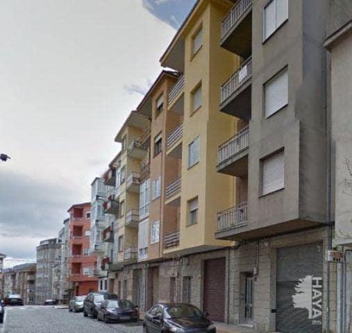 Piso en venta en O Lagar, Ourense, Ourense, Calle Rio Avia, 62.400 €, 3 habitaciones, 1 baño, 96 m2