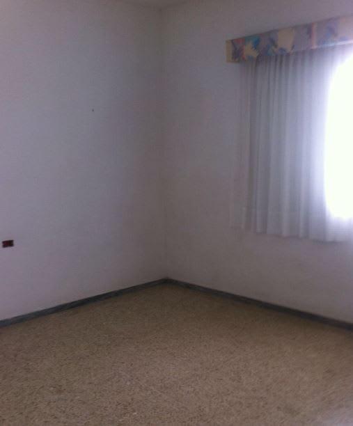 Casa en venta en Tegueste, Santa Cruz de Tenerife, Calle Alcalde Juan Hernandez, 181.000 €, 3 habitaciones, 2 baños, 227 m2