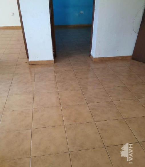Piso en venta en Algeciras, Cádiz, Calle Jarama, 16.962 €, 2 habitaciones, 1 baño, 53 m2