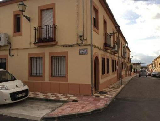 Casa en venta en La Victoria, la Victoria, Córdoba, Calle Sevilla, 61.600 €, 3 habitaciones, 2 baños, 130 m2