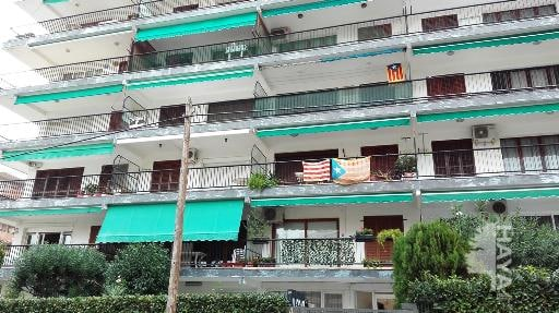Piso en venta en Salou, Tarragona, Calle Ramon Llull, 65.600 €, 3 habitaciones, 72 m2