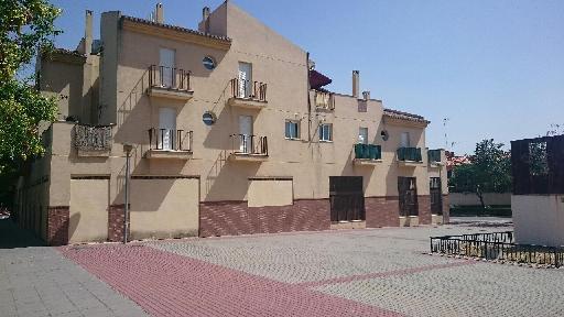 Piso en venta en Albolote, Granada, Calle Huelva, 99.000 €, 2 habitaciones, 1 baño, 86 m2
