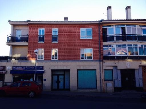 Local en venta en La Lastrilla, Segovia, Carretera del Sotillo, 170.226 €, 154 m2