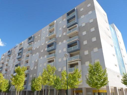 Piso en venta en El Mirador del Cerro Gordo, Badajoz, Badajoz, Plaza Conde de la Torre del Fresno, 81.000 €, 4 habitaciones, 2 baños, 145 m2