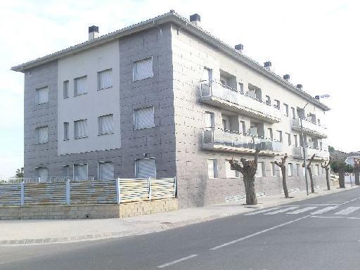 Piso en venta en Deltebre, Tarragona, Calle Germans Carsi, 31.500 €, 2 habitaciones, 1 baño, 55 m2