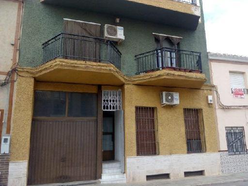 Piso en venta en Tobarra, Albacete, Calle Ramon Y Cajal, 27.189 €, 2 habitaciones, 1 baño, 80 m2