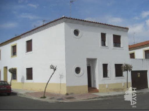 Casa en venta en Olivenza, Badajoz, Calle Austria, 89.300 €, 3 habitaciones, 2 baños, 168 m2