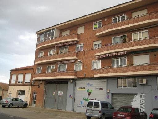 Piso en venta en Peñafiel, Valladolid, Carretera Pesquera, 74.000 €, 4 habitaciones, 1 baño, 98 m2