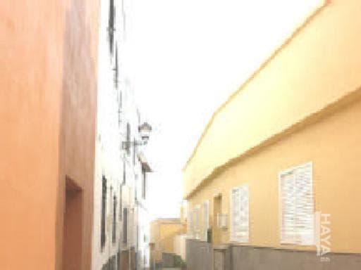 Piso en venta en El Molinito, San Sebastián de la Gomera, Santa Cruz de Tenerife, Calle Laurel, 107.000 €, 3 habitaciones, 2 baños, 95 m2