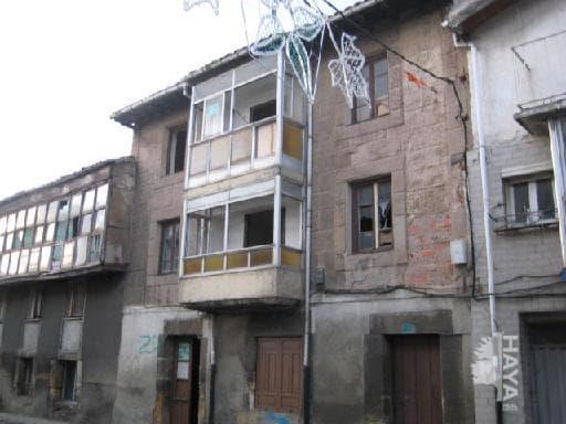 Casa en venta en Casa en Reinosa, Cantabria, 17.423 €, 3 habitaciones, 1 baño, 257 m2