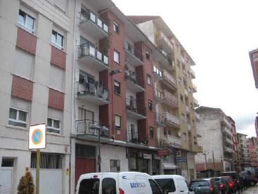 Piso en venta en El Zapatón, Torrelavega, Cantabria, Calle Lasaga Larreta, 64.125 €, 3 habitaciones, 1 baño, 72 m2