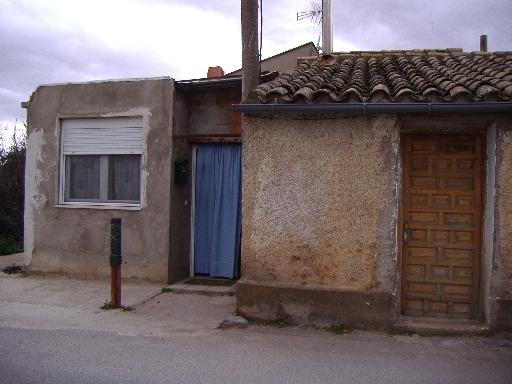 Casa en venta en Urbanización Prados del Rey, Pinseque, Zaragoza, Avenida Viñales, 67.000 €, 5 habitaciones, 1 baño, 160 m2