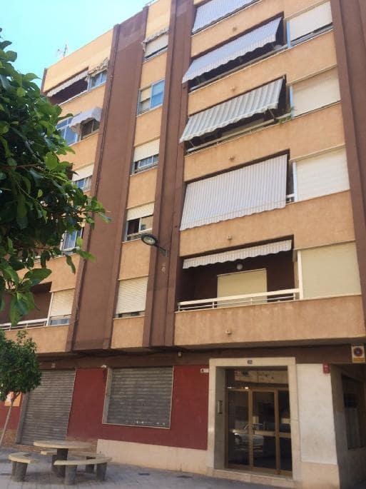 Piso en venta en Vila-real, Castellón, Calle Martirs Independencia, 51.000 €, 3 habitaciones, 1 baño, 100 m2