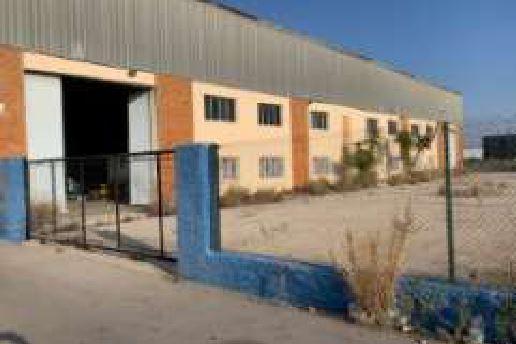Local en venta en Grupo Corell, Castellón de la Plana/castelló de la Plana, Castellón, Avenida Enrique Gimeno, 431.900 €, 1837 m2