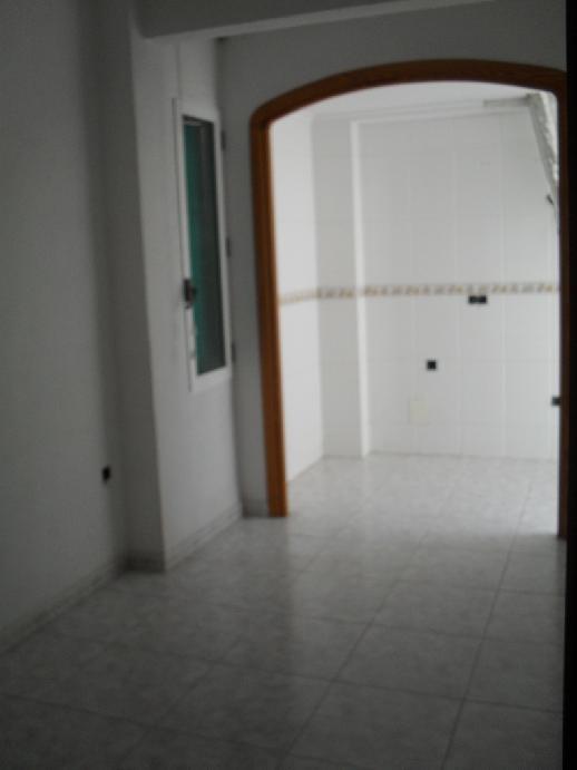 Piso en venta en Aspe, Alicante, Calle Bailen, 25.584 €, 3 habitaciones, 1 baño, 63 m2