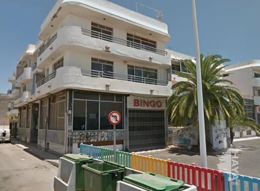 Piso en venta en Arrecife, Las Palmas, Calle Argentina, 98.885 €, 3 habitaciones, 2 baños, 176 m2