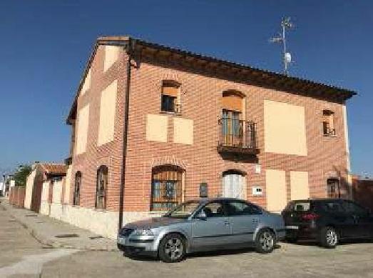 Casa en venta en Matapozuelos, Matapozuelos, Valladolid, Calle Ronda del Rio, 134.400 €, 3 habitaciones, 2 baños, 206 m2
