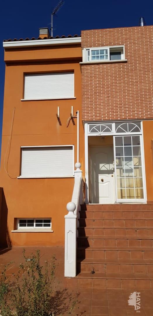 Casa en venta en Urbanización Eras de San Sebastián, Torrejón del Rey, Guadalajara, Calle la Coruña, 147.000 €, 3 habitaciones, 2 baños, 214 m2