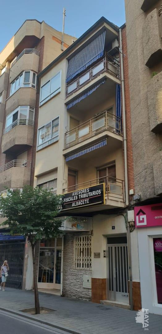 Piso en venta en Feria, Albacete, Albacete, Calle Pedro Martinez Gutierrez, 89.836 €, 3 habitaciones, 2 baños, 111 m2