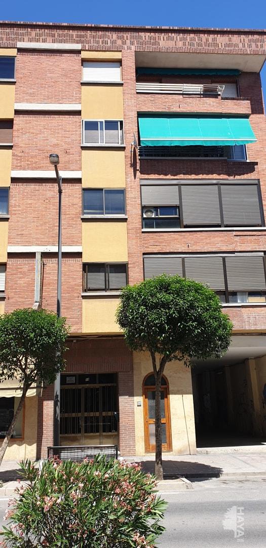 Piso en venta en Santo Tomás, Medina del Campo, Valladolid, Avenida Constitucion, 101.115 €, 3 habitaciones, 1 baño, 87 m2
