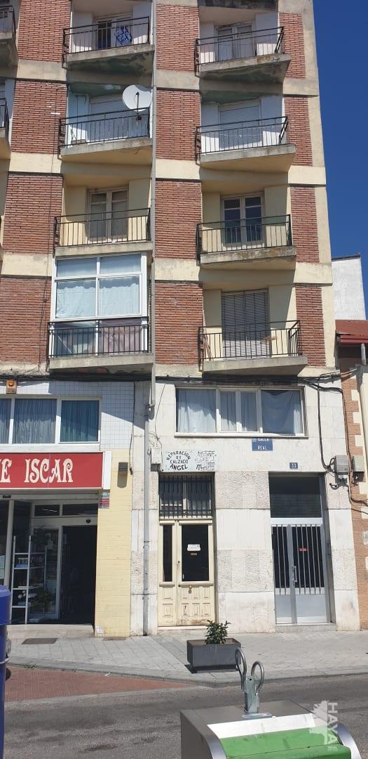 Piso en venta en Íscar, Valladolid, Calle Real, 34.860 €, 3 habitaciones, 1 baño, 124 m2