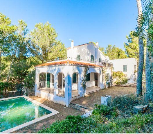 Casa en alquiler en Es Mercadal, Baleares, Urbanización los Vascos, 1.200 €, 3 habitaciones, 2 baños, 239 m2