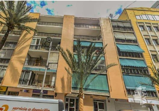 Piso en venta en Gandia, Valencia, Calle Ferrocarril D`alcoi, 41.630 €, 4 habitaciones, 1 baño, 91 m2