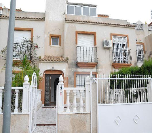 Casa en alquiler en Torrevieja, Alicante, Urbanización Torreblanca, 475 €, 2 habitaciones, 2 baños, 63 m2