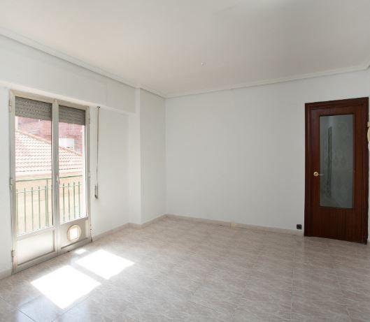 Piso en alquiler en Zaragoza, Zaragoza, Calle Albacete, 560 €, 2 habitaciones, 1 baño, 85 m2
