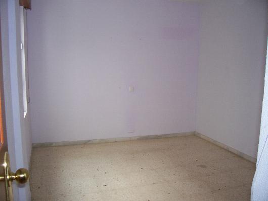 Piso en venta en Las Cuevas de San Joaquín, Almería, Almería, Calle Genoveses, 45.569 €, 3 habitaciones, 1 baño, 107 m2